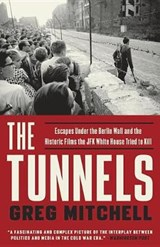 The Tunnels | Greg Mitchell | 9781101903872