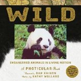 Wild: a photicular book | Kathy Wollard | 9781523501472