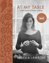 At my table | Nigella Lawson | 9781784741631