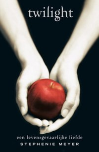 Twilight saga Twilight | Stephenie Meyer |