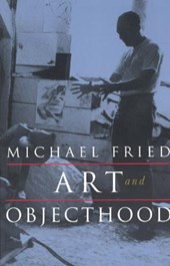 Art & Objecthood - Essays & Reviews (Paper)