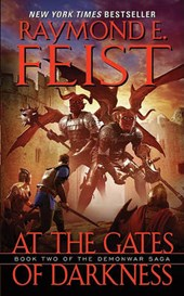 At the Gates of Darkness | Raymond E. Feist |