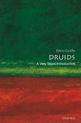 Druids: A Very Short Introduction | Barry Cunliffe |