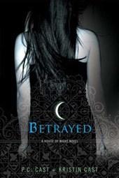 House of night (02): betrayed