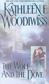 Wolf and the Dove | Kathleen E. Woodiwiss |