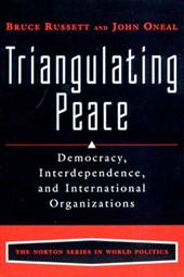 Traingulating Peace | John R. Oneal |