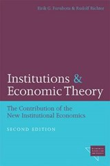 Institutions and Economic Theory | Eirik G. Furubotn |
