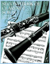 Second Book of Clarinet Solos / Zweites Spielbuch fur Klarinette und Klavier