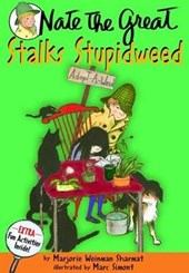 Nate the Great Stalks Stupidweed | Marjorie Weinman Sharmat |