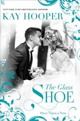 Glass Shoe | Kay Hooper |