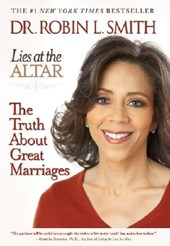 Lies at the Altar | Robin L. Smith |