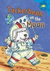 Tuckerbean on the Moon