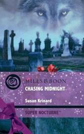 Chasing Midnight (Mills & Boon Nocturne)