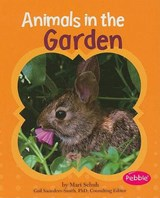 Animals in the Garden | Mari Schuh |