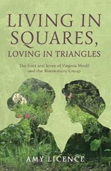 Living in Squares, Loving in Triangles | Amy Licence |