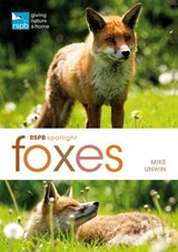 Foxes | Mike Unwin |
