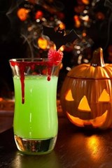 Halloween Drink - Vampire's Kiss Cocktail Journal | Cool Image |