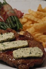 Rumpsteak, Asparagus and Fries, for the Love of Food | Unique Journal |