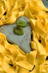 Tagliatelle Pasta in a Heart Shaped Plate | Unique Journal |