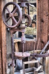 An Antique Drill Press | Unique Journal |