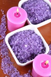 A Relaxing Lavender Scented Bath and Candles