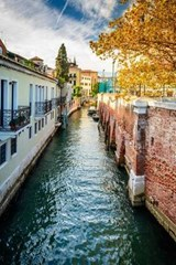 Water Canal in Venice Italy Journal | Cool Image |