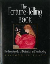 The Fortune-Telling Book | Raymond Buckland |