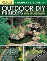 Complete Book of Outdoor DIY Projects | Penny Swift |