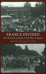 France Divided | David Wingeate Pike |