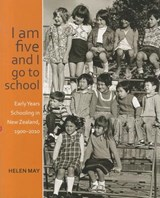 I Am Five and I Go to School | Helen May |