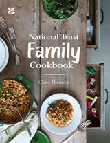 National Trust Family Cookbook | Claire Thomson |