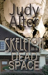 Skeleton in a Dead Space (Kelly O'Connell Mysteries, #1)