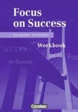 New Focus on Success. Ausgabe Soziales. Workbook | Michael MacFarlane |