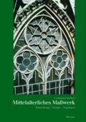 Mittelalterliches Maßwerk