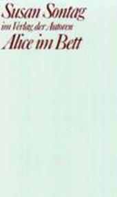 Alice im Bett