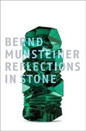 Reflexionen in Stein