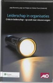 Leiderschap in organisaties, Crisis in leiderschap - op zoek naar nieuwe wegen
