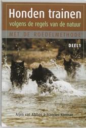 Honden trainen volgens de regels van de natuur met de roedelmethode 1