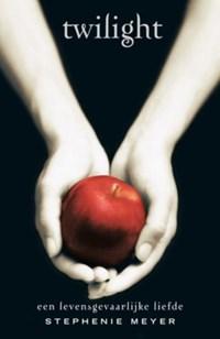 Twilight saga Twilight | Stephenie Meyer |