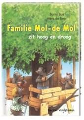Familie-de Mol zit hoog en droog (AVI M4)