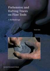 Egyptian prehistory monographs  5 Chert Quarrying, Lithic Technology, and a Modern Human Burial at the Palaeolithic Site of Taramsa 1, Upper Egypt