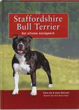 De Staffordshire Bull Terrier | C. Lee ; J. Shorrock |