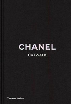 Chanel : the complete karl lagerfeld collections