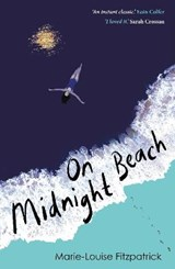 On midnight beach | Marie-Louise Fitzpatrick | 9780571355594