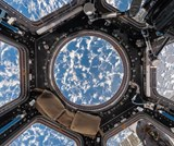 Interior space. a visual exploration of the international space station | Paolo Nespoli ; Roland Miller |